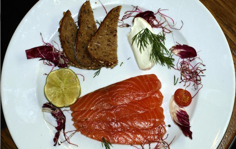 saumon gravelax 1 restaurant l 39 empreinte paris. Black Bedroom Furniture Sets. Home Design Ideas